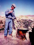 Traditionelle Herstellung von Gofio auf Fuerteventura